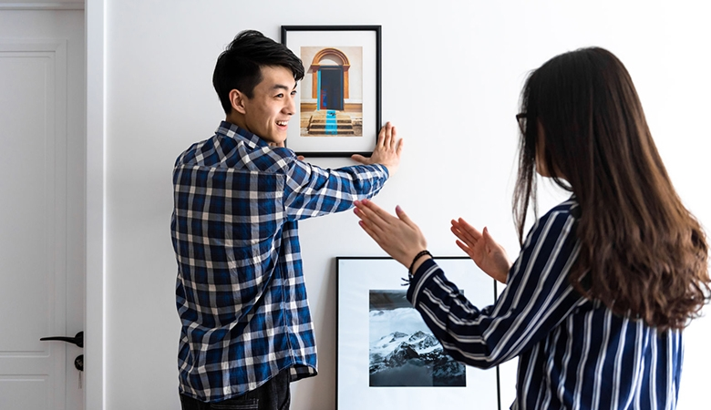 Couple hanging photo