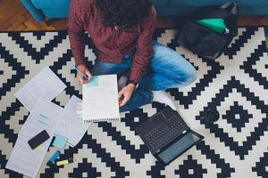Four financial tips for college students